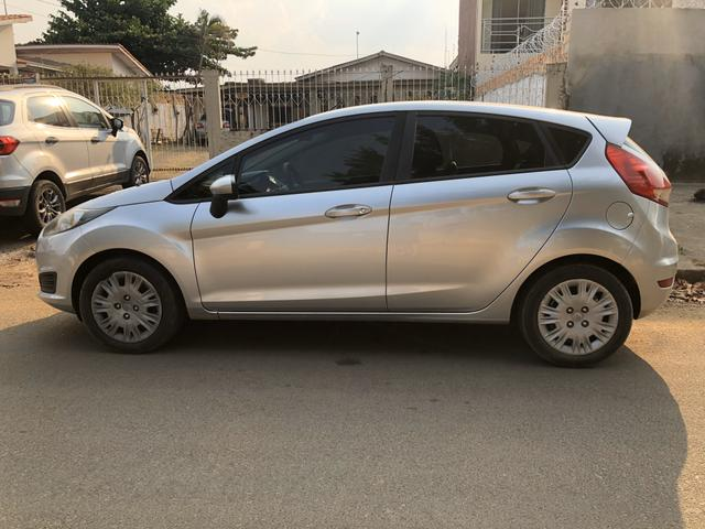 Vendo New Fiesta 1.5 S Hatch - ano 2015 - Foto 4