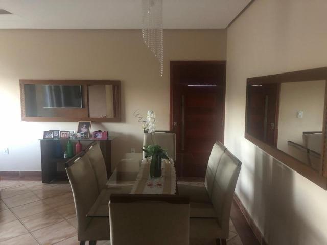 Vendo - Casa com cinco dormitórios em Soledade de Minas