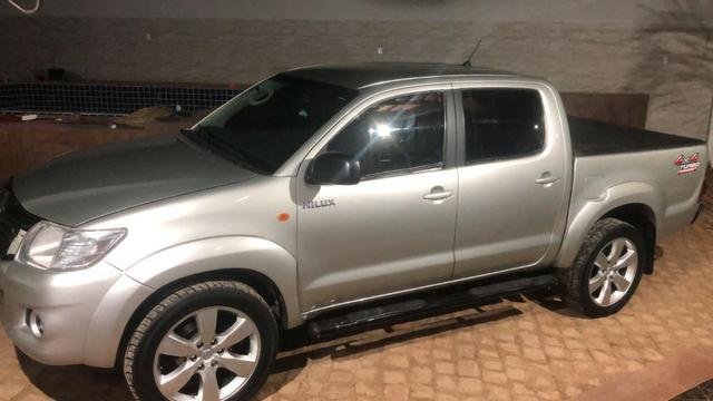 Hilux diesel 4x4 cabine dupla motor 2.5 manual ano 2012