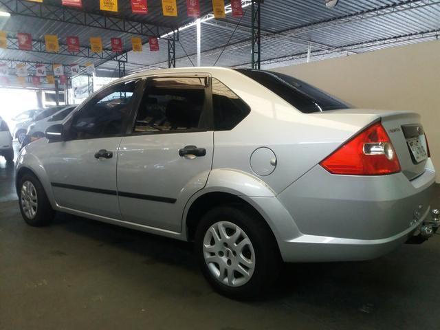 Fiesta sedan 1.6 completo! - Foto 2