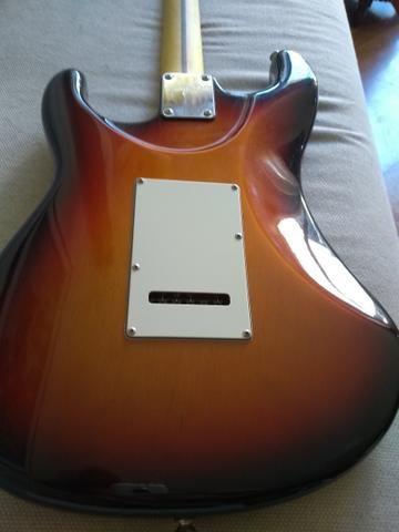 Guitarra Tagima 635 Brasil sunburst blindada - Foto 5