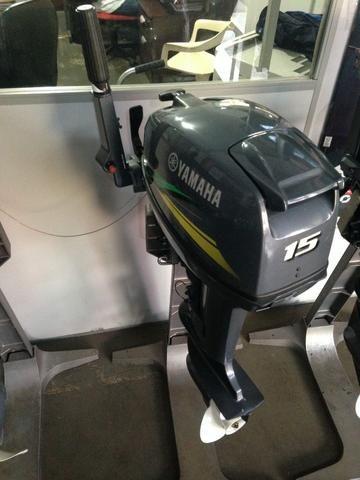 Motor de popa Yamaha 15 HP 0 km 2019 na caixa