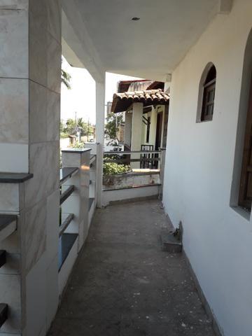 Vendo casa em Itapuã 1 andar