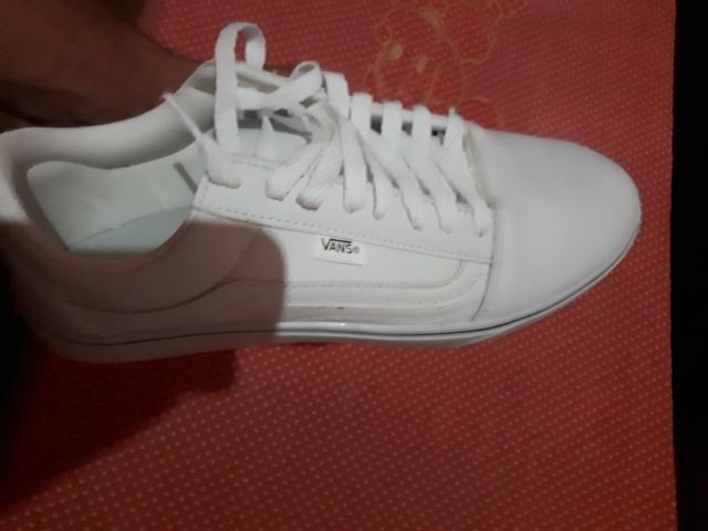 6b56941ceb Tenis barato motivo da venda pq e branco e nao gosto - Roupas e ...
