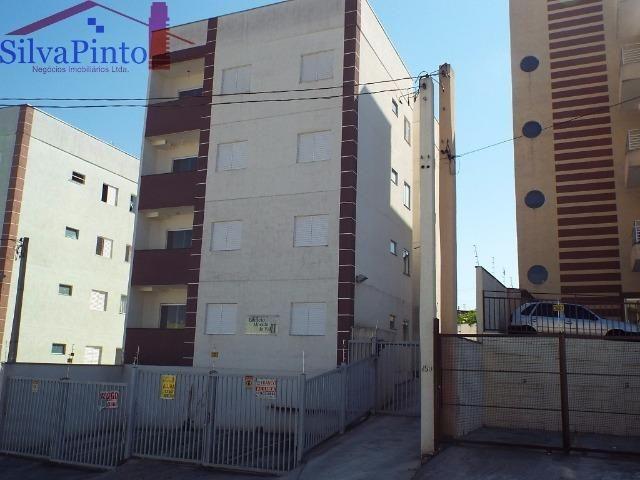 Código 304 - Apartamento de dois Dormitórios na Rua Beatris Gomes Mazella na Morada do Val