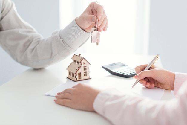 Corretor imobiliário para Recreio, Jacarepaguá, Baixada, Campo Grande, zona norte, etc