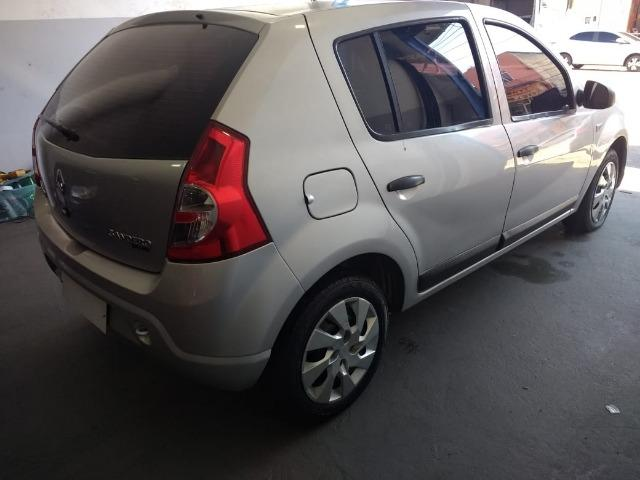 Sandero 1.6 é na World Car - Foto 9