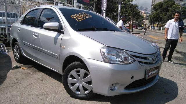Toyota Etios Sedan XS 1.5 Manual 2014 GNV 5 Geração - Foto 2