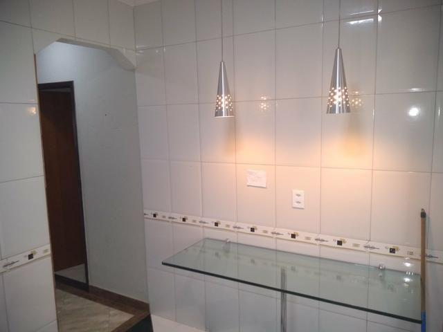 QN 12 Linda Casa Com Churrasqueira, 02 Quartos - Foto 2