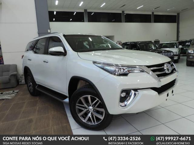 Toyota Hilux SW4 2.8 SRX 4X4 AUT.