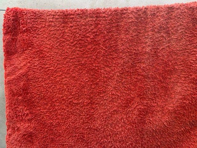 Tapete vermelho só está sujo/1,80 por 2,20 - Foto 4