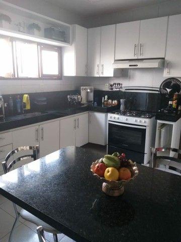 Vendo uma super Casa em condominio Fechado 4 Suites  - Foto 4