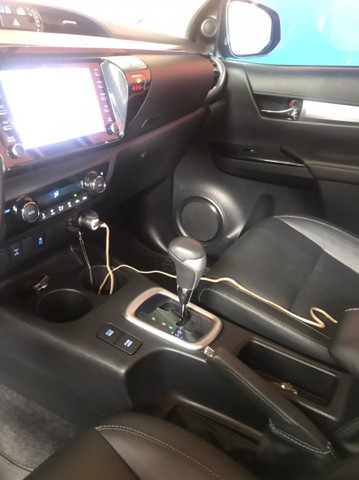 Toyota Hilux cd srv 4x4 aut Flex  - Foto 5