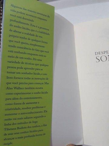 """Livro """"DESPERTAR NO SONHO"""" - Foto 3"""