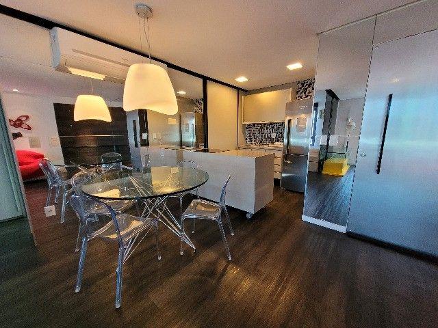 BFN - Luxuoso flat finamente decorado em Boa Viagem com 51m² e piscina na cobertura!  - Foto 13
