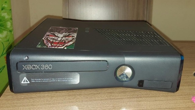 xbox 360 slim com kinect  - Foto 3