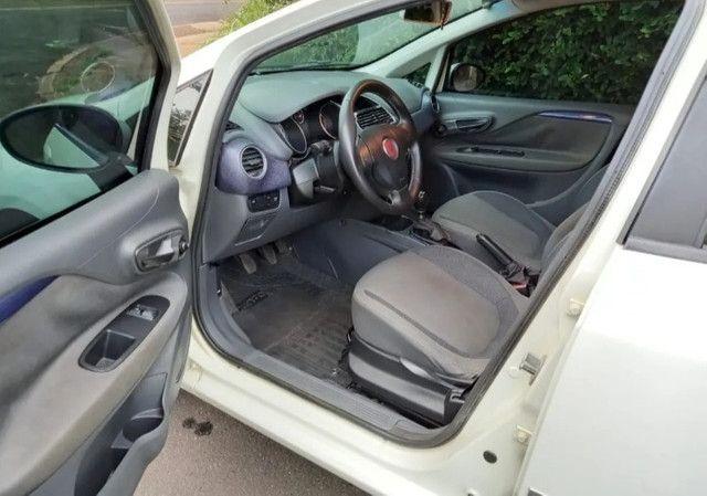 Fiat Punto 1.4 Atractive Flex 5P - Foto 5