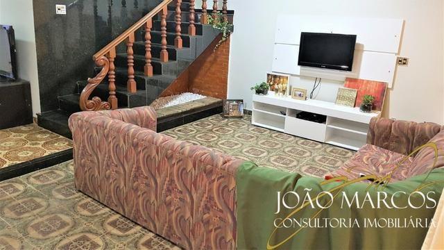 Vendo Casa de 2 pavimentos, 3 quartos com suite no Núcleo Bandeirante