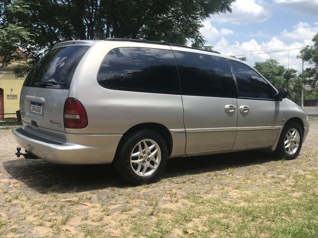 Chrysler Grand Caravan LX 4WD 3.8 V6 2000 180cv 4x4 - Foto 2
