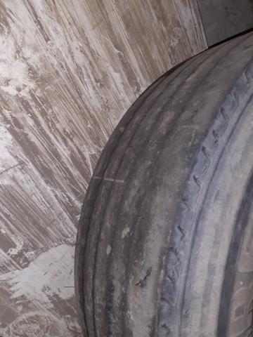 Pneu de caminhão pirelli - Foto 3