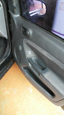 Agil ford fiesta sedan - Foto 2