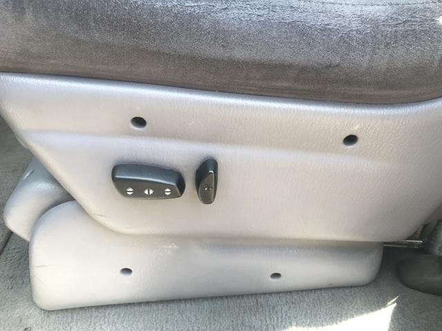 Chrysler Grand Caravan LX 4WD 3.8 V6 2000 180cv 4x4 - Foto 18