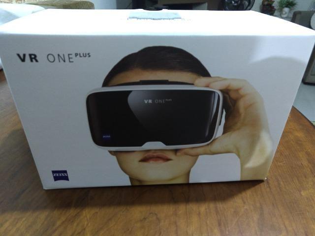 40de8c96a2c06 Oculus de Realidade Virtual Zeiss VR One Plus - Celulares e ...