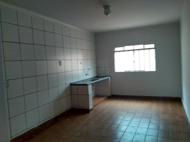 Casa Cidade Jardim, Rua Almeida Garret, Vila Canaã, 2 casa no lote, 2 e 3 quartos - Foto 5