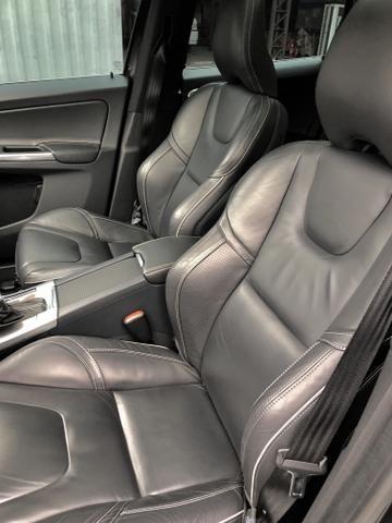 Volvo XC60 T6 R-Design,IPVA 2020 Pago,Aceita Troca,Único dono,Baixa Km !! - Foto 12