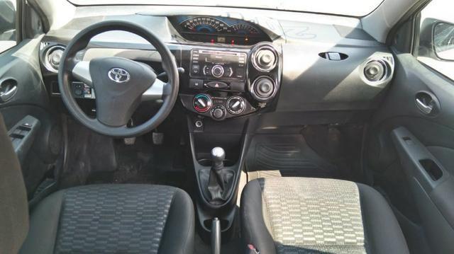 Toyota Etios Sedan XS 1.5 Manual 2014 GNV 5 Geração - Foto 9