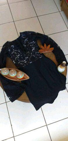 Vestido renda manga longa