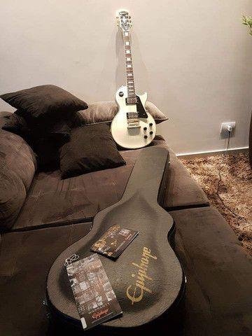 Guitarra Ephiphane Les Paul Custom Pro  - Foto 4