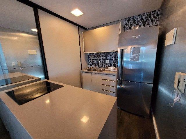 BFN - Luxuoso flat finamente decorado em Boa Viagem com 51m² e piscina na cobertura!  - Foto 16