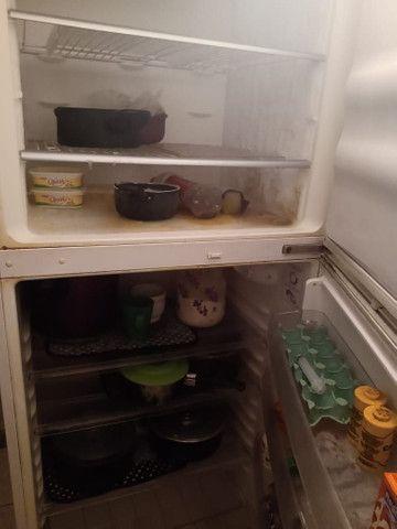 Uma geladeira continental