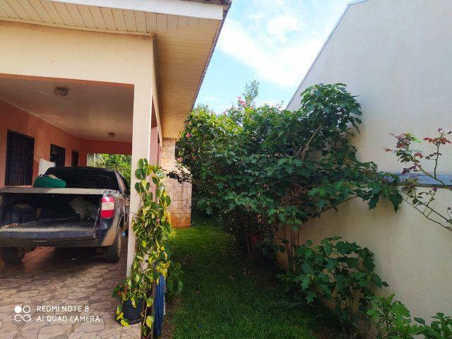 Excelente residência c/ 03 quartos (uma suíte) - A/C Chácara !!! - Foto 4