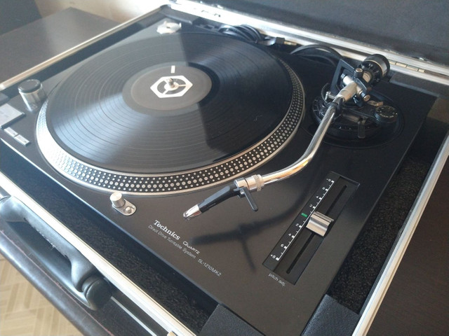 Toca discos Technics SL 1210 Mk2 - Para DJ - Foto 2