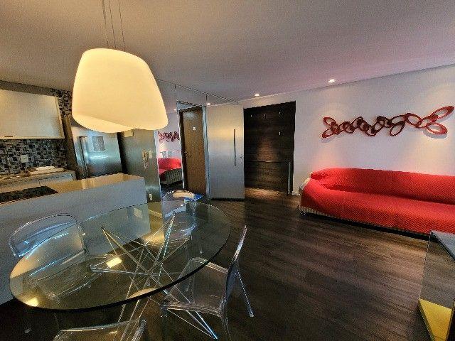 BFN - Luxuoso flat finamente decorado em Boa Viagem com 51m² e piscina na cobertura!  - Foto 2