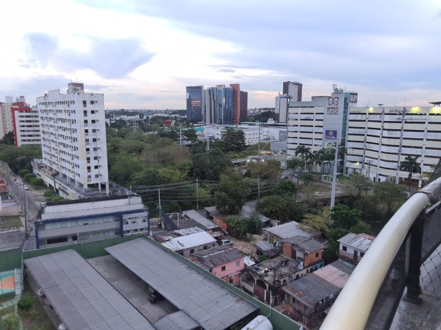 Apartamento Vieiralves 3 suítes, Condomínio Tulipa reformado - Foto 8