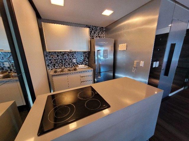 BFN - Luxuoso flat finamente decorado em Boa Viagem com 51m² e piscina na cobertura!  - Foto 14