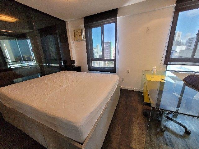 BFN - Luxuoso flat finamente decorado em Boa Viagem com 51m² e piscina na cobertura!  - Foto 8