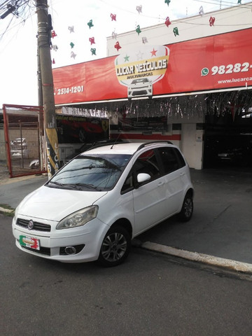 Fiat Idea Attractive 1.4 2012 - Foto 2
