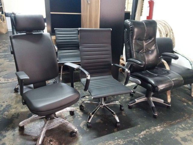 Cadeiras para escritório e Reformas de cadeiras - Foto 5
