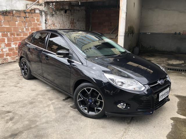 ford focus titanium impec vel pneus novos mais barato do brasil 2014 carros. Black Bedroom Furniture Sets. Home Design Ideas
