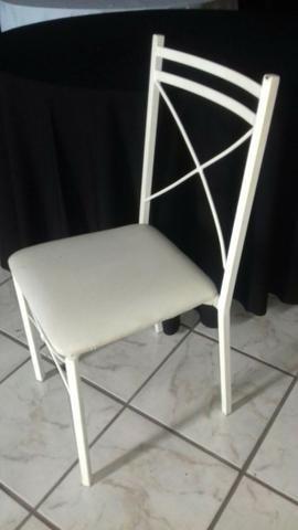 Cadeira em ferro com encosto em x e assento em korino na cor branca - Foto 3
