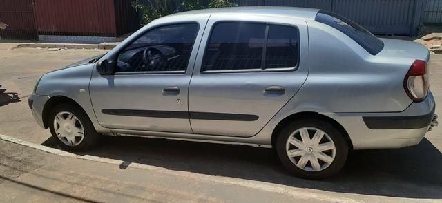 Clio sedan 1.6 - Foto 7