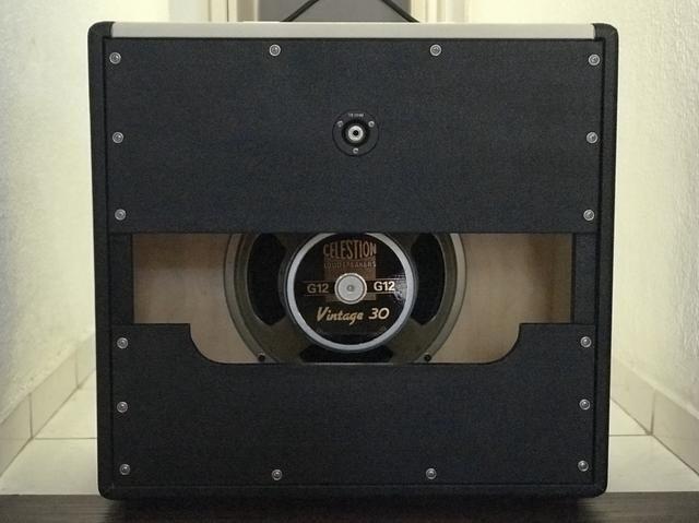 Vendo custom cabinet speaker Divided by 13 1x12 Made in USA c/ Celestion Vintage 30 - Foto 2