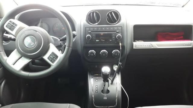 Jeep Compass Sport 2.0 + Banco de Couro/Central multimídia - Foto 7