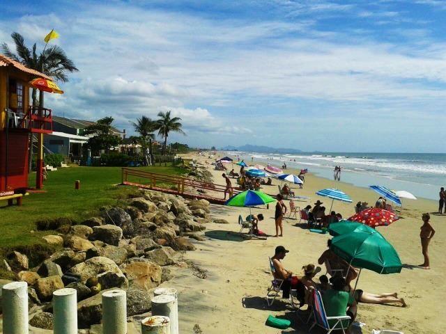 Apto temp. Itapoá, p/6 à 150m da praia, otima localização - Foto 9