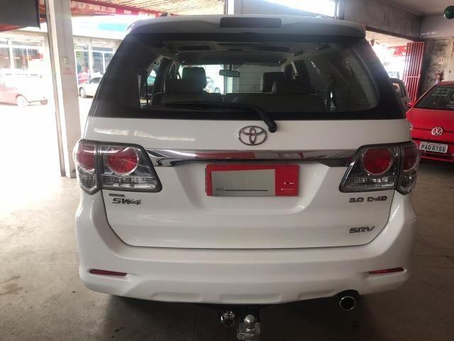 Toyota- Hillux SW4 srv- diesel 2013- 7 Lugares - Foto 8