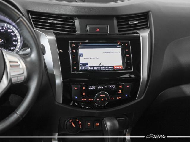 Nissan Frontier LE CD 4x4 2.3 Bi-TB Diesel Aut. - Cinza - 2018 - Foto 9